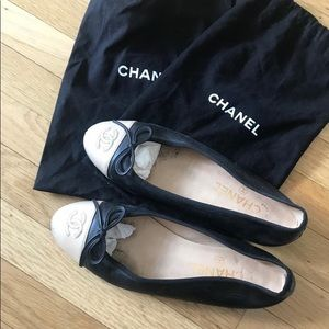 Chanel Black and Creme Cap Toe Ballerina Flats